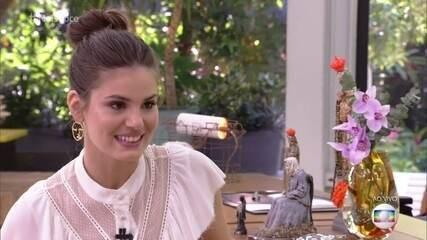 Camila Queiroz fala sobre sua personagem em 'Verão 90'