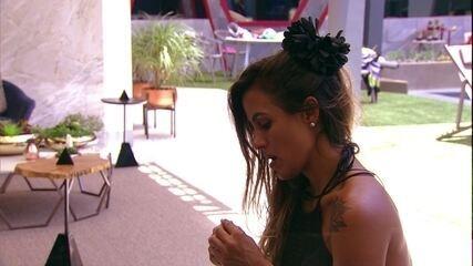 Carolina declara para Diego sobre voto em Paula: 'Não vou contar'