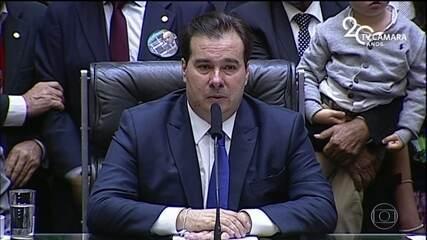 Rodrigo Maia é reeleito presidente da Câmara com facilidade