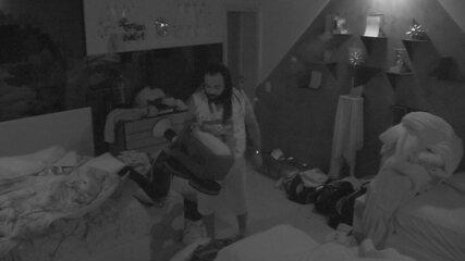Rodrigo e Tereza voltam a dormir depois de cumprirem o Castigo do Monstro