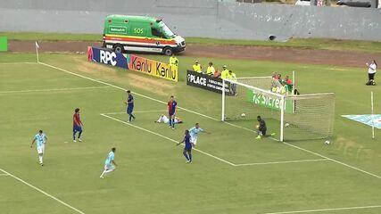 Gol do Londrina! Uélber recebe na área e manda no canto para empatar o jogo