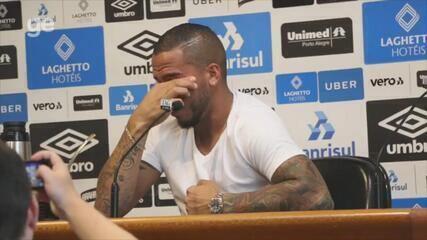 Jael chora em despedida do Grêmio