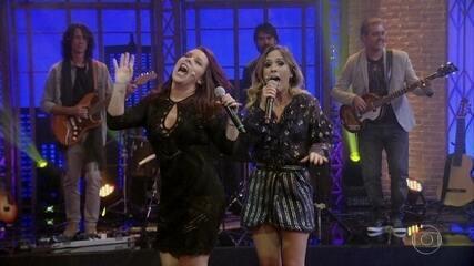 Fernanda Souza canta com Tatá Werneck no 'Lady Night'