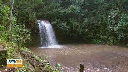 Águas da Prata faz campanha para manter as cachoeiras limpas no feriado