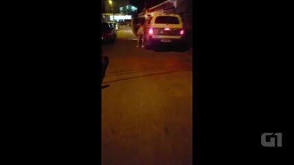 No AC, Corregedoria da PM investiga vídeo de foliã pegando carona em viatura