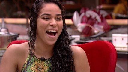 Alberto elogia Elana: 'Aqui, é a melhor'