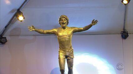 Grêmio inaugura estátua de Renato Gaúcho na Arena