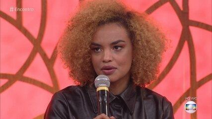 Lucy Ramos relembra episódio de racismo em sua época de modelo
