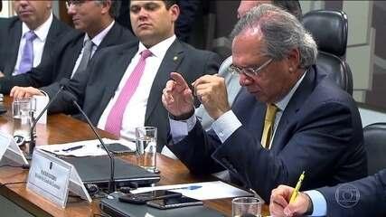 Guedes diz que PEC do Orçamento vai estourar teto de gastos públicos