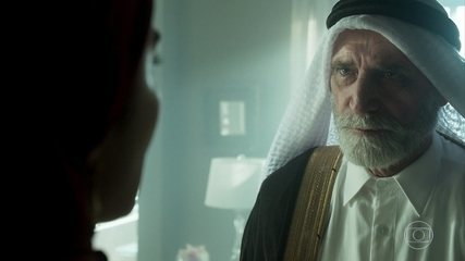 Aziz manda Soraia esconder de Laila que Kháled está morto