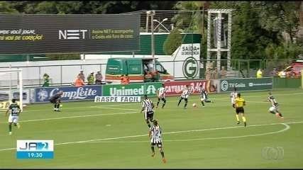 Goiás vence o Goiânia por 3 a 1 e é o primeiro finalista; veja os gols