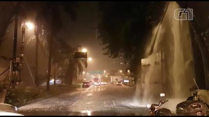 Chuva forma cachoeira na saída do túnel Rebouças