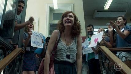 Gabriela é recebida com festa no Sapiência