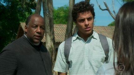 Padre Ramiro e Maltoni descobrem que Milu desapareceu