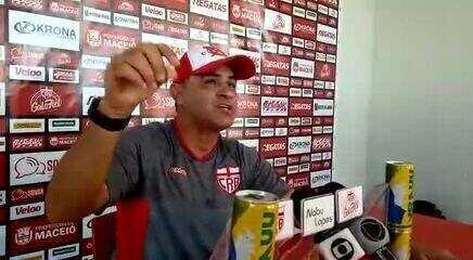"""Técnico do CRB, Chamusca fala sobre finais do Alagoano e Série B: """"Responsabilidade"""""""