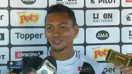 Ponte Preta apresenta Alex Maranhão para a Série B