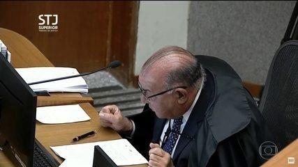 Segundo a votar, Jorge Mussi concorda com redução de pena