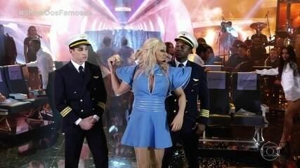 Hugo Bonemer homenageia Britney Spears