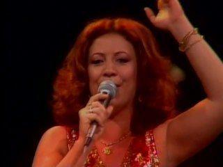 """Beth Carvalho canta """"Andança"""""""