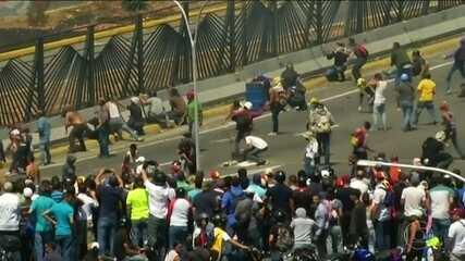 Venezuela vive dia de confrontos entre forças do governo e da oposição