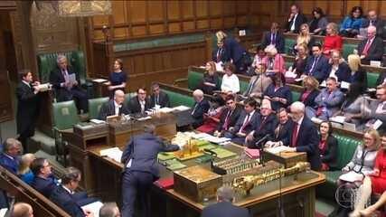 Parlamento britânico decreta emergência climática