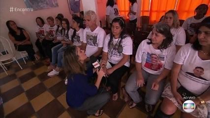Famílias dos 34 desaparecidos se reúnem em Brumadinho