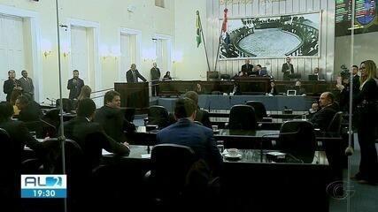 Assembleia Legislativa discute lei que autoriza comercialização de bebidas em estádios
