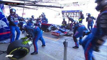 Kvyat vai para os boxes, mas não avisa Equipe e replay de pit stop de Hamilton