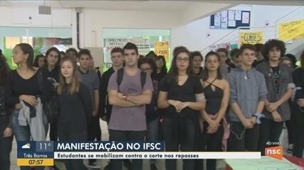 Estudantes do Ifsc se mobilizam contra o corte de verbas em SC