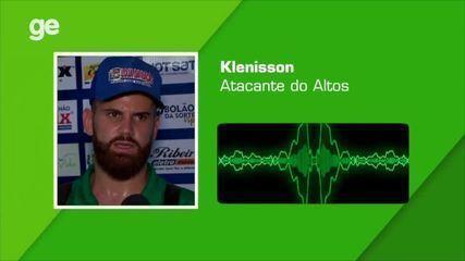 """Irritado com erro do time após gol, Klenisson dispara: """"É muita cabacisse isso aí"""""""