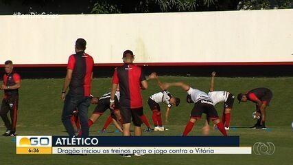 Atlético-GO treina para enfrentar o Vitória em casa no próximo domingo
