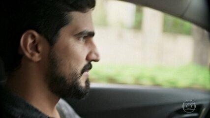 Jamil divide com Laila sua desconfiança com a empresária síria