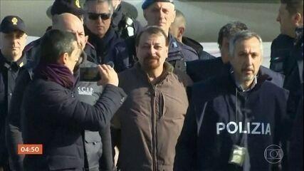 Em 2019, Justiça italiana confirmou prisão perpétua para Cesare Battisti