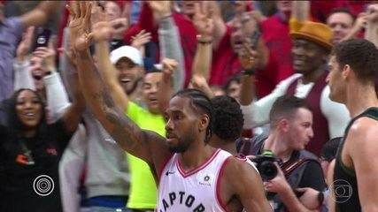 Com Kawhi Leonard decisivo, Raptors eliminam Bucks e estão final da NBA