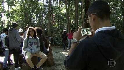 Tão perto e tão longe: projeto leva jovens de comunidade para pontos turísticos de SP
