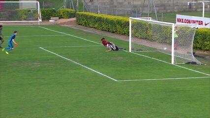 Melhores momentos: Internacional 1 x 1 Botafogo pelo Campeonato Brasileiro sub 17