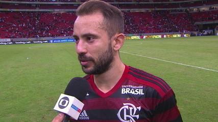 Éverton Ribeiro é escolhido como o Craque do Jogo e comemora boa fase no Flamengo