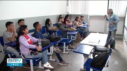 Estudantes paralisam atividades na Uesc após professores encerrarem greve