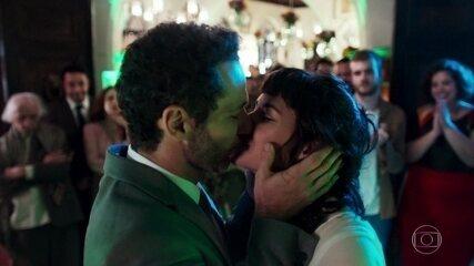 Sara e Ali finalmente se casam
