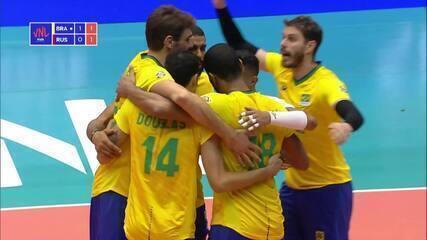 Melhores momentos: Brasil 3 x 0 Rússia pela Liga das Nações de vôlei masculino