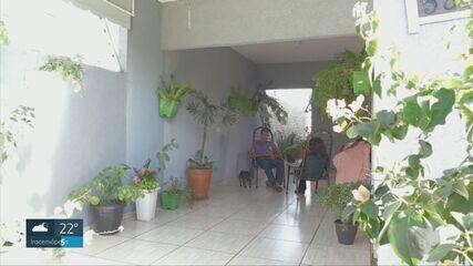 Mulher que viveu em cárcere privado em Vinhedo é esperada pela família no Paraná