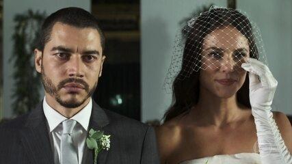 Camilo humilha Vivi durante cerimônia de casamento