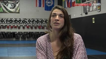 Mackenzie Dern fala sobre desejo de voltar a lutar em outubro
