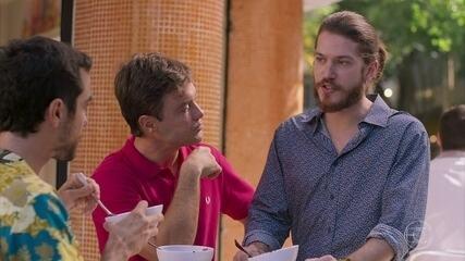 Tobé convida Quinzinho para trabalhar no Tele Vendão