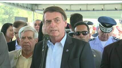'Talvez pegue uma cana aqui no Brasil', diz Bolsonaro sobre jornalista Glenn Greenwald