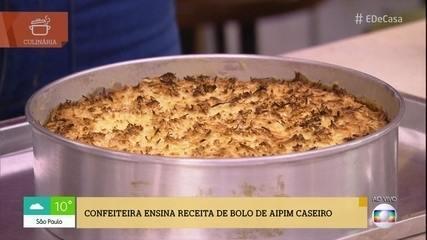 Aprenda a fazer bolo de 'Aipim com Coco'