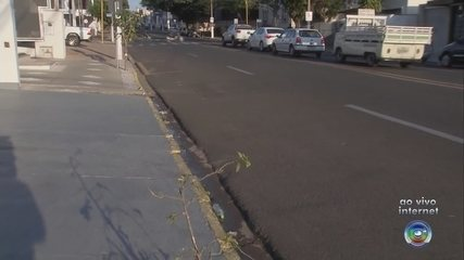 Lei permite estacionamento em frente a guias rebaixadas irregulares em Marília