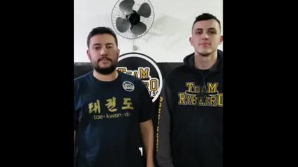 Filhos enviam mensagem para pai e mestre de taekwondo