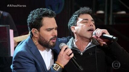 """Amigos cantam """"No Dia Em Que Eu Saí de Casa"""""""
