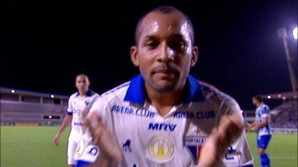 Gol do Fortaleza! Carlinho fura a bola e Edinho amplia para o time visitante aos 36 do 1º tempo
